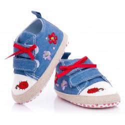 Trampki niemowlęce niechodki - dżinsowy kolor. Haftowana biedroneczka.