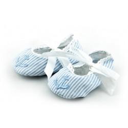Lekkie tekstylne buciki niemowlęce dla chłopca z kotwicą.