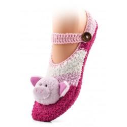 Ciepłe skarpetki-kapcie domowe zapinane na guzik. Różowa świnka.