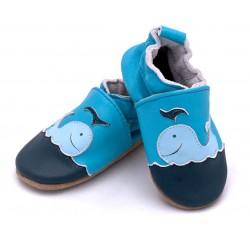 Skórzane buciki niemowlęce dla chłopca, lekkie i wygodne.