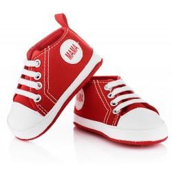 Czerwone buciki niechodki dla chłopca - trampki w drugim gatunku.