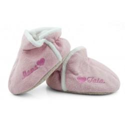 Lekkie różowe buciki niemowlęce dla dziewczynki - haft MAMA TATA.