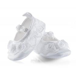 Lekkie buciki niemowlęce, baletki dla dziewczynki z falbanką.