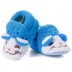 Kapcie niechodki dla chłopca - niebieskie kotki.