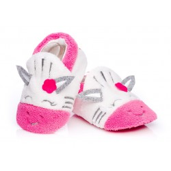 Słodkie różowe zebry - buciki, kapcie dla niemowlaka.