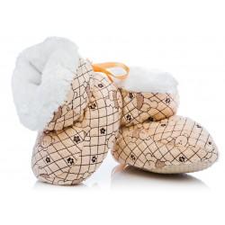 Puchate brązowe buciki dla niemowlaka. Bardzo ciepłe.