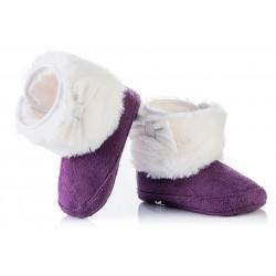 Ciepłe kozaczki niemowlęce - fioletowe z białym futerkiem.