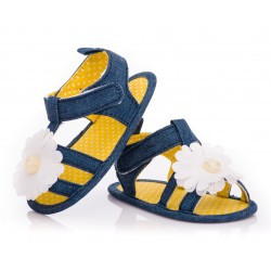 Sandałki niemowlęce niechodki dla dziewczynki z kwiatkiem