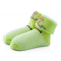 Cieplutkie skarpetki niemowlęce z bawełny - zielone frotki z pieskiem.